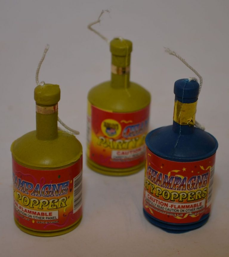 Novelty Fireworks – Champagne Party Poppers (1)