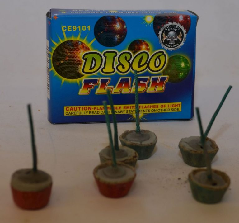 Novelty Fireworks – Disco Flash (1)