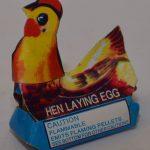Novelty Fireworks – Hen Laying Egg (3)